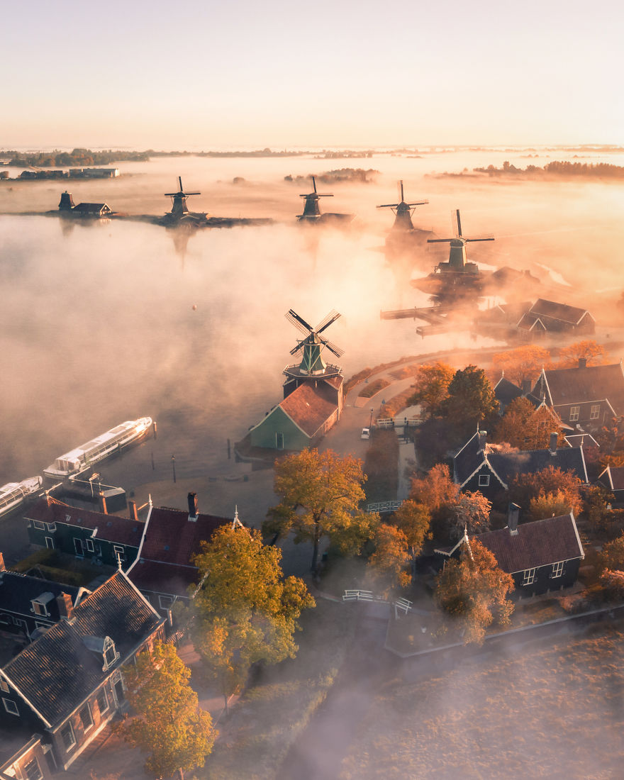 Winner-A-magic-morning-in-The-Netherlands-by-by_ewold-Netherlands-5ee345a3b277a__880